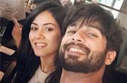 Photo of the day: Is that Shahid-Mira's first honeymoon selfie?