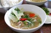 Vietnamese Pho Bo: Beef noodle soup and finding the perfect cooking course in Hoi An