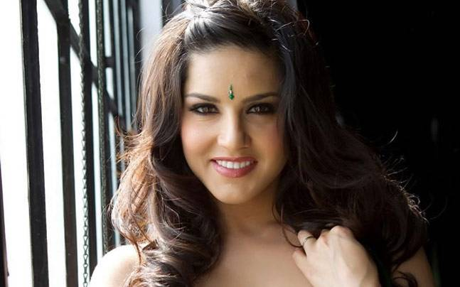 8 Products That Sunny Leone Should Promote To Impress -7225