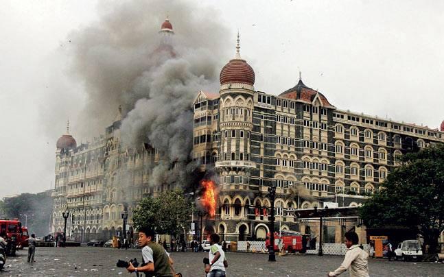 Mumbai's Taj Mahal hotel burns after militants launched an attack on November 26, 2008