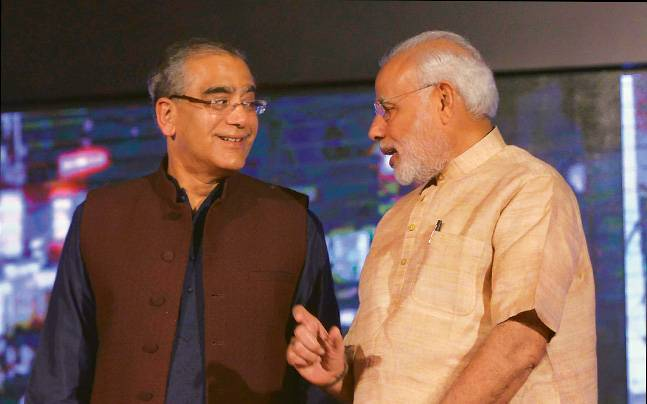 Narendra Modi (right) with Aroon Purie