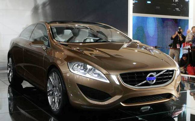 Reports Volvo S60 Cross Country Coming To India Auto News