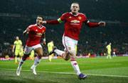 Wayne Rooney equals Law goal record as United go top in Champions League