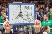 Amid chaos, Parisians offer refuge to strangers via Twitter