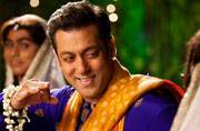 Diwali 2015: You wouldn't believe how Salman Khan is celebrating the festival of lights