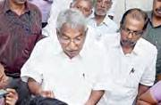 Oommen Chandy meets people at his official residence