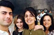 Photo of the day: Neetu Kapoor shares a fan moment with Fawad Khan on sets of Kapoor and Sons
