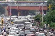 Will work with Kejriwal govt to solve Delhi's traffic, pollution mess: Gadkari