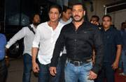 Epic Pics: After eight long years, Salman and Shah Rukh shoot together; for Bigg Boss 9 promo