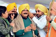 The new turbanators: AAP's action plan for 2017 Punjab polls