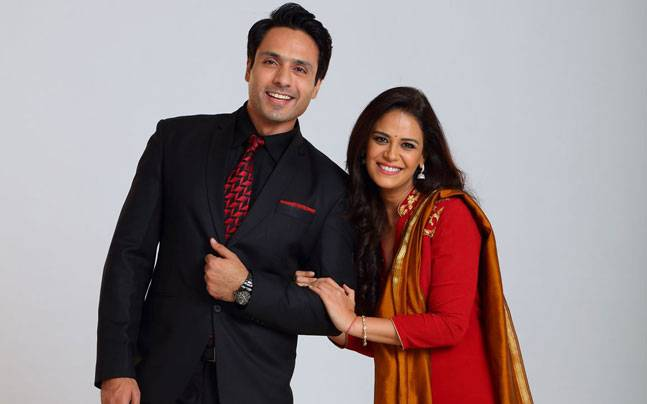 Preet (Mona Singh) and Ishaan/Rizwaan (Iqbal Khan) will die in a bomb blast