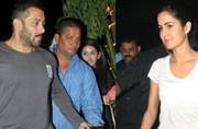Salman Khan and Katrina Kaif, ex-lovers, snapped at same place, same time: What's brewing?