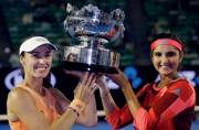 Sania Mirza, Martina Hingis clinch Australian Open women's doubles title