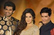 Fitoor stars Katrina and Aditya scorch the runway for Manish Malhotra