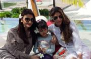 Photo of the day: Big B shares an adorable picture of Aishwarya, Aaradhya and Shweta in Maldives