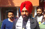 Famous Punjabi stand-up comedian Gurpreet Ghuggi joins AAP