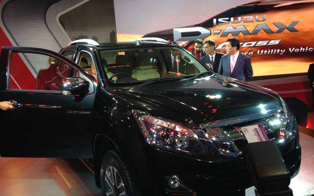 Japanese Commercial Vehicle Maker Isuzu Today Unveiled Adventure Utility  Vehicle D MAX V Cross At The Auto Expo Here, Which Would Be Manufactured  From April ...