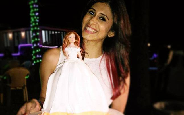 Kishwer Merchant with her birthday cake. Picture courtesy: Kishwer Merchant/Instagram