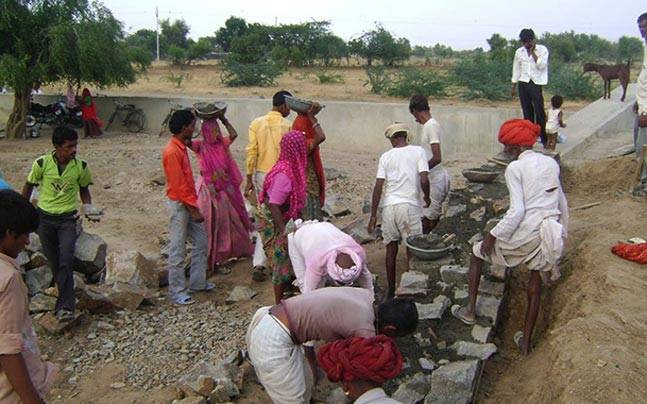 Political slugfest over MGNREGA