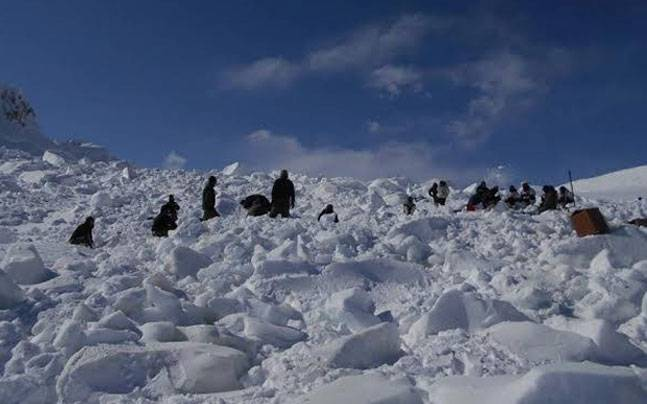 Visuals from rescue operations in Siachen