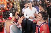 Mission Sapne 2: Sonu Nigam sells Puja Samagri for a day, raises awareness about HIV