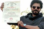 Shah Rukh Khan collects graduation degree; ABVP stages protest