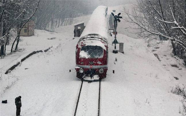 5 most picturesque train journeys in India