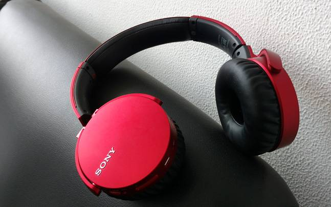 Sony mdr-zx220bt wireless over-ear headphones review
