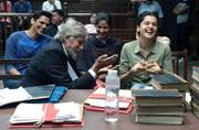 SEE PIC: Amitabh Bachchan gets photobombed by Taapsee Pannu and her team
