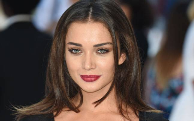 2.0: Amy Jackson Confirms She Is Not Robot In Rajinikanth
