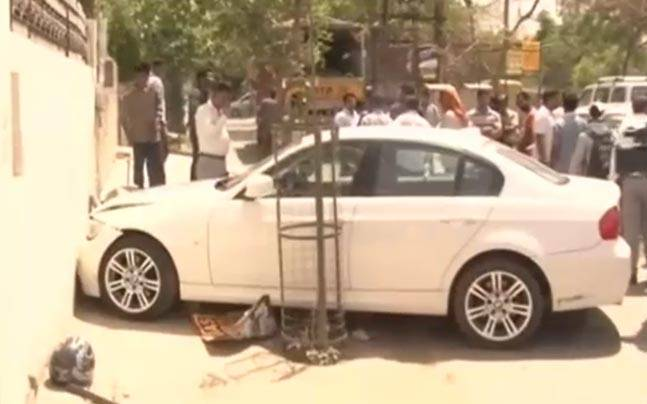 Bmw Hit And Run Case 4 Injured Driver Absconding India News