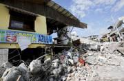 Another quake, magnitude 6.2, strikes off Ecuador coast
