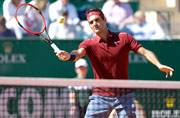 Returning Roger Federer eases into Monte Carlo third round