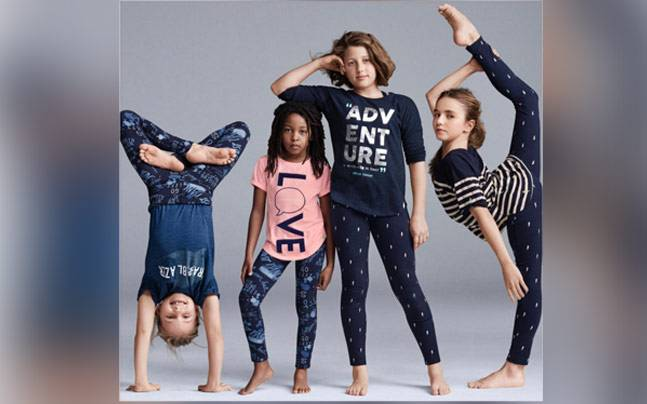 leta efter beställa online äkta kvalitet Mind the Gap! Do you think this Gap clothing line ad is 'racist ...