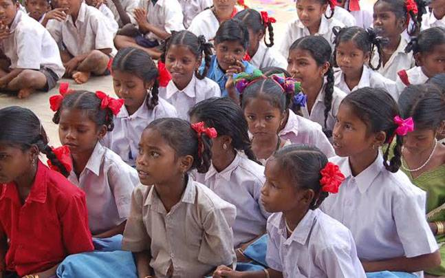 74,971 out of school to get education guarantee card