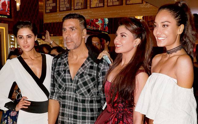 Akshay Kumar drove the entire unit of Housefull 3 to the press meet venue in a white van. The film is directed by Sajid-Farhad.