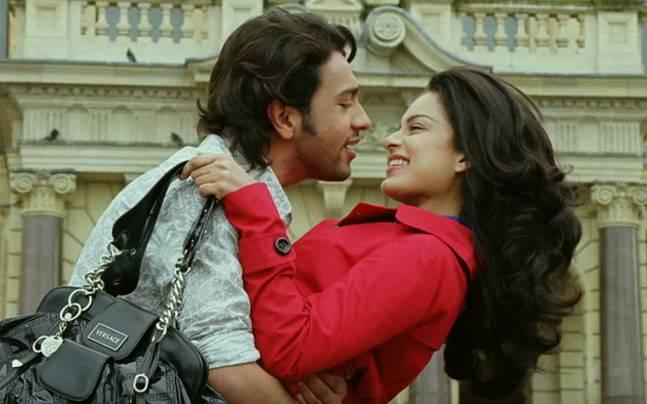 Adhyayan Suman and Kangana Ranaut in a still from Raaz The Mystery Continues