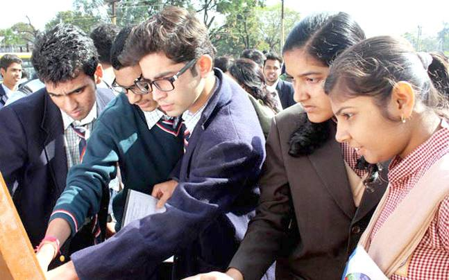 CBSE Class 10 results 2016 declared, 73 schools register zero pass percentage