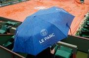 Rain wipes out play at French Open; first washout since 2000