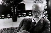 Sex, dreams, and seduction: 6 ideas by psychologist Sigmund Freud that will blow your mind