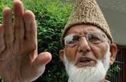 Sainik colony, Kashmiri Pandit resettlement row: Malik, Geelani say do or die situation for Kashmir
