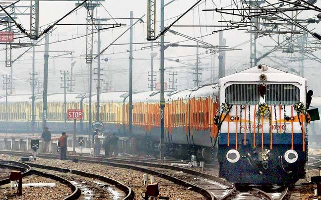 Now Irctc To Sell Kashmir S Cuisine And Handicrafts Mail Today News