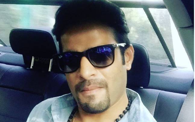 Did you know Karan Patel is a huge SRK fan? Picture courtesy: Instagram/Karan Patel