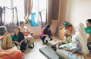 DCW chairperson Swati Maliwal visits mothers in old age homes on Mother's Day