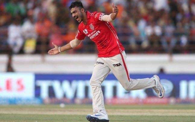 Axar Patel joins legion of greats with first hat-trick of IPL 2016 - Indian  Premier League 2016 News