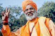 Sakshi Maharaj now wants people with more than 2 kids barred from voting