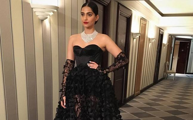 For all we know, Sonam Kapoor could be a sexy vampire in that attire. Picture courtesy: Instagram/@namratasoni