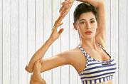 Jacqueline Fernandez to Nargis Fakhri: 5 fitness enthusiasts share their yoga tips