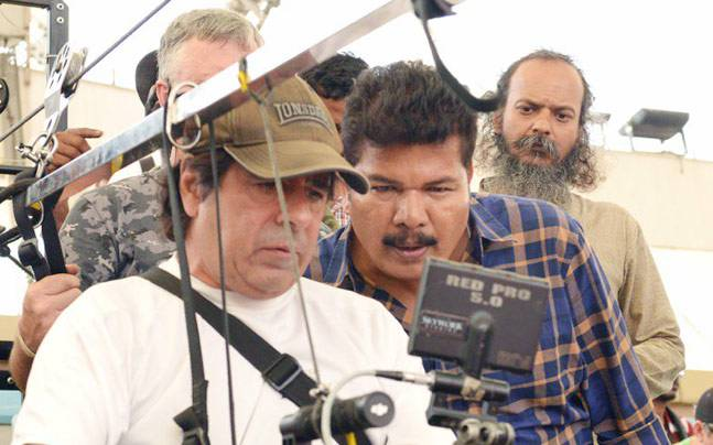 A picture from the sets of 2.0