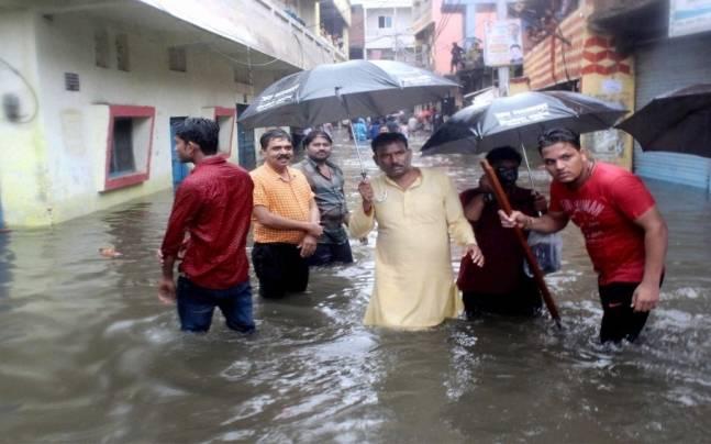 Rain lashes Bhopal